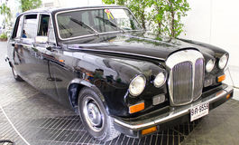 戴姆勒宗主系列III Vanden Plas在显示的4200 cc。 库存图片