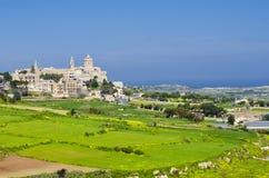 姆迪纳一个遥远的看法,拉巴特马耳他极限  免版税库存图片