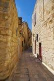 姆迪纳狭窄的街道,马耳他的老首都 免版税库存照片