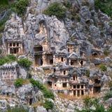代姆雷,土耳其,古老摇滚删节的坟茔在迈拉 库存图片