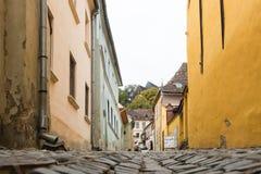 委托人的街道- Cositorarilor街道-委托人的老cityThe街道的- Cositorarilor街道-老城市信号的 图库摄影