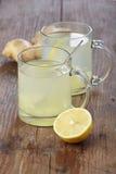 姜柠檬茶 免版税图库摄影