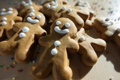 姜面包圣诞节的人曲奇饼 图库摄影