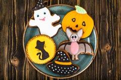 姜饼为万圣夜 孩子的滑稽的假日食物 库存图片