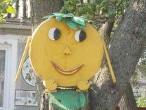 姜饼人树的装饰 免版税库存照片