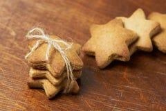 姜饼干 可口点心甜点 面包店设计图象产品 免版税库存照片