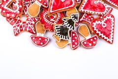 姜饼曲奇饼星和心脏 库存照片