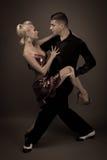 姿势的舞蹈伙伴 库存图片