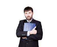 姿态不信任谎言 肢体语言 商人诉讼 关闭位置 重点拇指 横渡的胳膊,拥抱 免版税库存照片