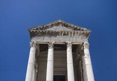 威严的寺庙 免版税库存照片