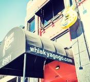 威士忌酒一时髦在日落小条 免版税库存照片