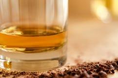 威士忌酒和巧克力 库存照片