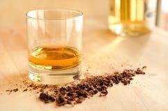 威士忌酒和巧克力 免版税图库摄影