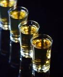 威士忌酒射击 免版税库存图片