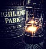 威士忌酒时间用美味的唯一麦芽在晚上 库存图片