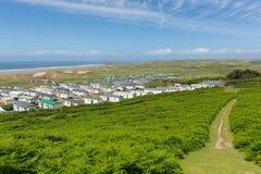 威尔士在Gower半岛英国视图下的海岸道路罗西里对Hillend 库存图片