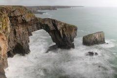 威尔士的绿色桥梁 免版税库存照片