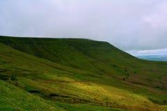 威尔士,布雷肯比肯斯山,英国的青山 库存照片