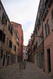 威尼斯公寓在天 免版税库存图片