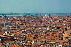 威尼斯屋顶从高观点 库存照片