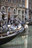 威尼斯式小船的长平底船 免版税库存图片