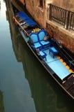 威尼斯式的长平底船 免版税库存图片