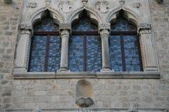 威尼斯式视窗 免版税库存照片