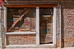 威尼斯意大利老门 免版税库存图片