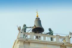 威尼斯意大利- 2017年9月29日:在钟楼顶部 库存图片
