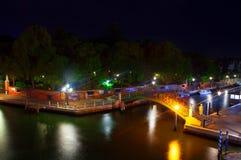 威尼斯桥梁夜 库存照片