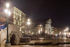 威尼斯沿海岸区夜场面 库存照片