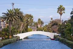 威尼斯海滩运河和桥梁 免版税库存照片