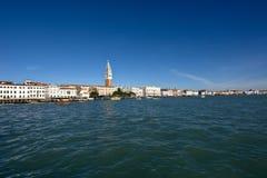 威尼斯看法从盐水湖的在一个美好的晴天 免版税库存图片