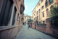 威尼斯胡同在天 免版税库存图片