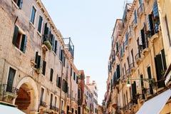 威尼斯街建筑学 库存图片
