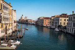 威尼斯运河和大厦 库存图片