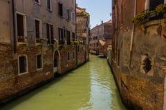 威尼斯都市风景、水运河和传统建筑 意大利,欧洲 图库摄影