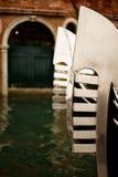 威尼斯长平底船尾巴特写镜头 免版税库存照片