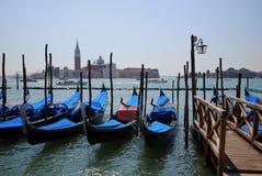 威尼斯长平底船 图库摄影