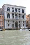 威尼斯,在大运河的Palazzo 免版税库存照片