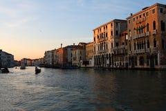 威尼斯,在日落期间的大运河 免版税库存照片