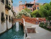 威尼斯,意大利迷人的街道和运河  免版税图库摄影