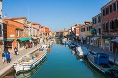 威尼斯,意大利, 2017年2月14日 威尼斯市意大利 在Murano海岛上的看法 威尼斯式的横向 免版税库存照片