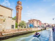 威尼斯,意大利-在Murano海岛的运河中  图库摄影