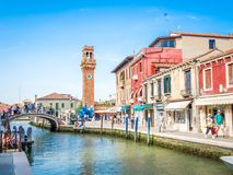 威尼斯,意大利-在Murano海岛的运河中  库存照片
