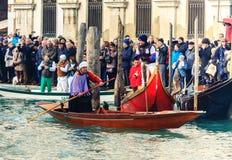 威尼斯,意大利- 2018年1月06日, :在Gran的Befana赛船会 库存图片