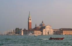 威尼斯,意大利- 2017年10月13日:圣乔治海岛的看法从圣Marco的 意大利威尼斯 免版税库存图片