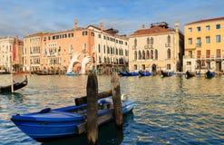 威尼斯,意大利- 2018年1月05日:雕塑:巨大硕大 库存照片