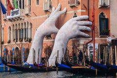 威尼斯,意大利- 2018年1月06日:雕塑:巨大硕大 库存照片