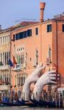 威尼斯,意大利- 2018年1月06日:雕塑:巨大硕大 免版税图库摄影